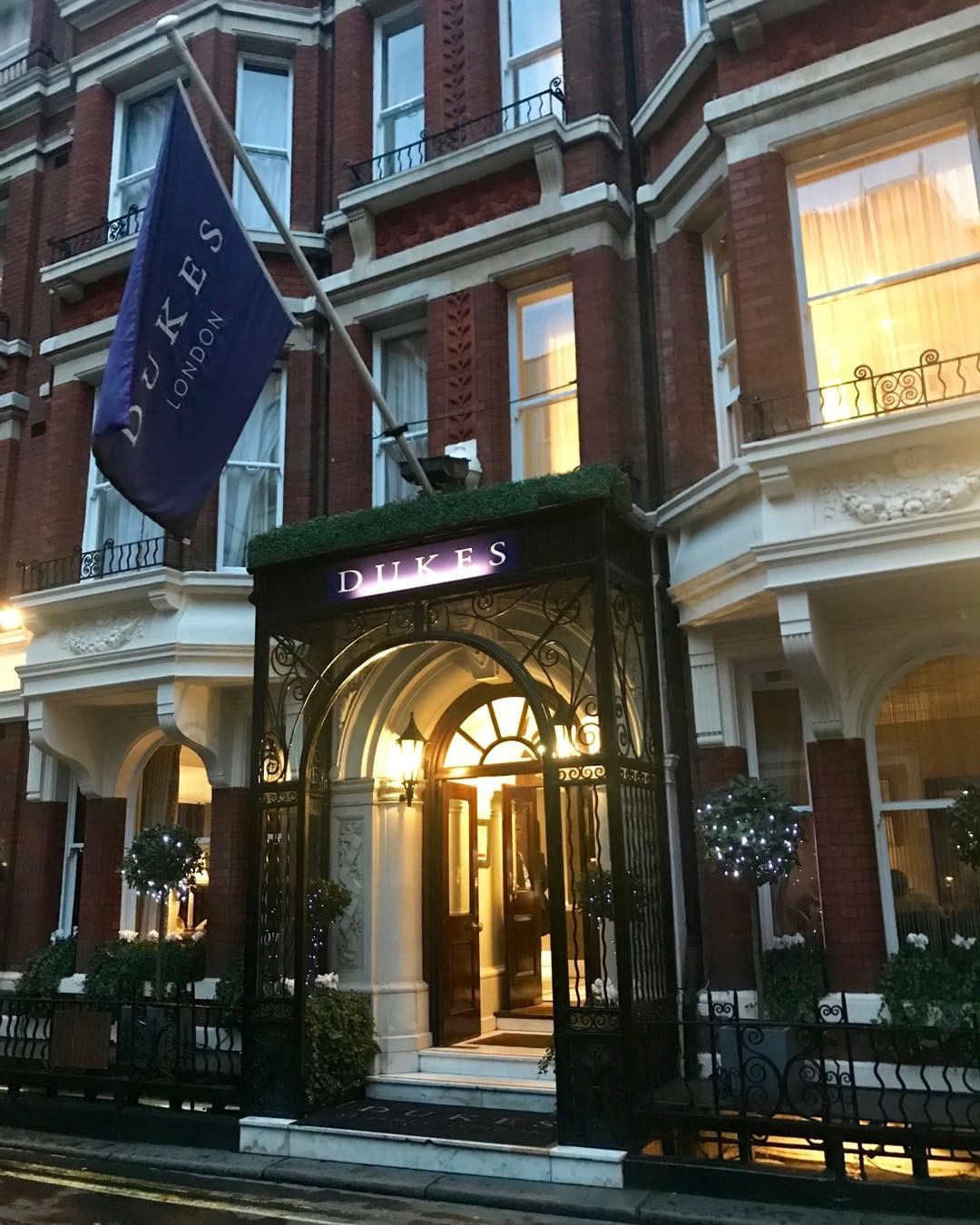 #Now #dukeshotel #london #bestmartinintown grand hotel an...