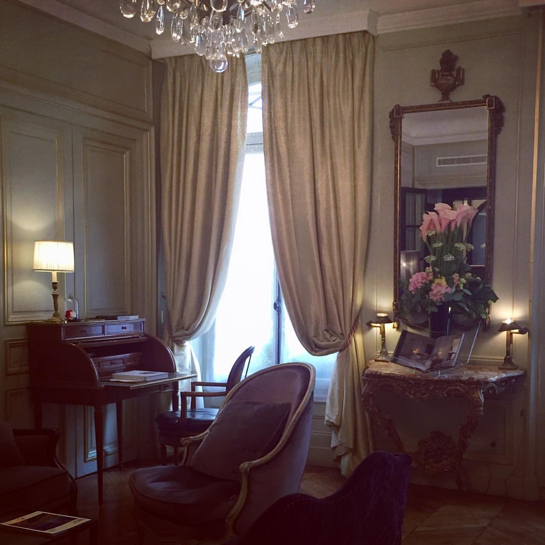 Hotel Lancaster Paris room